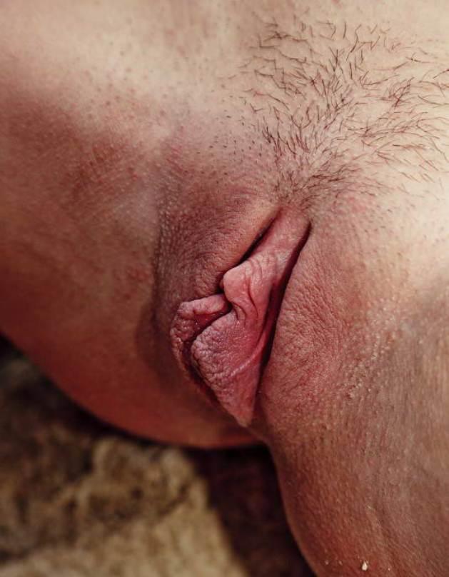 Смотреть писькины губы